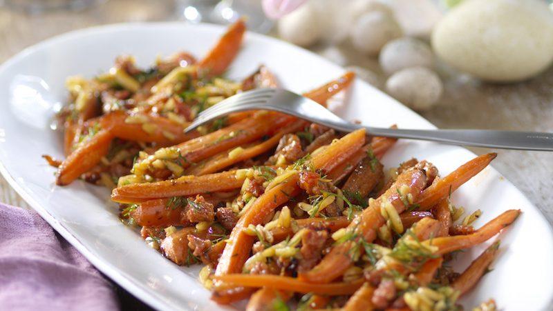 Rostade morötter med kryddig korv och dill