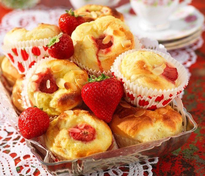 Glutenfria jordgubbsbullar