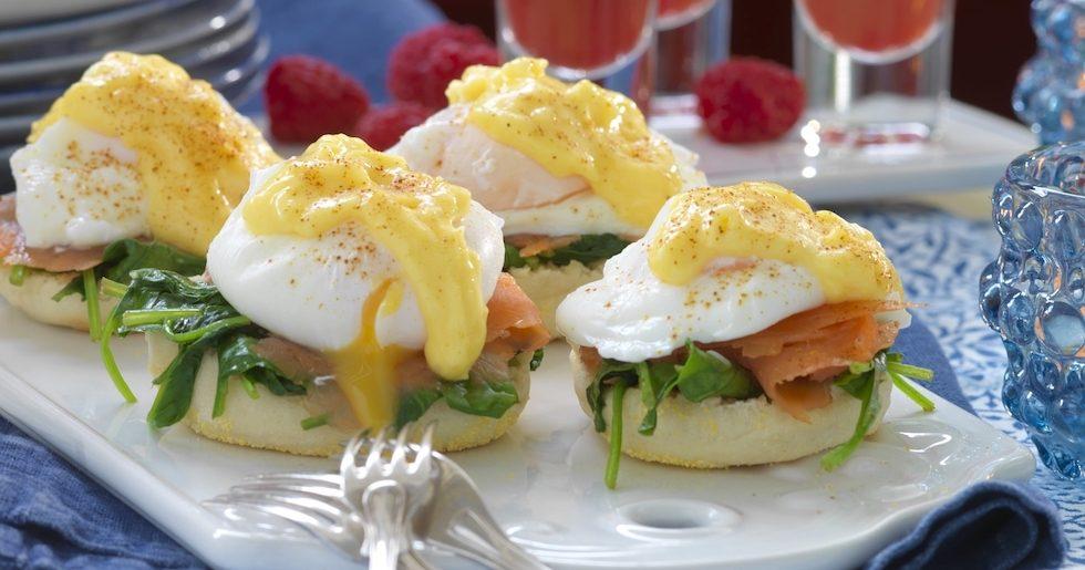 Engelska muffins med egg royale