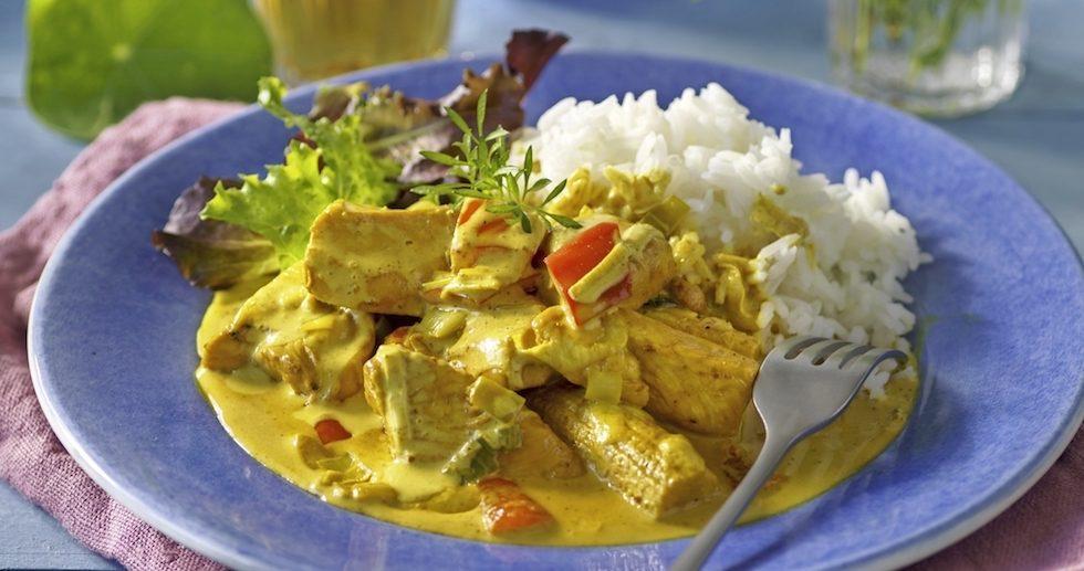 Kycklinggryta med gul curry och minimajs