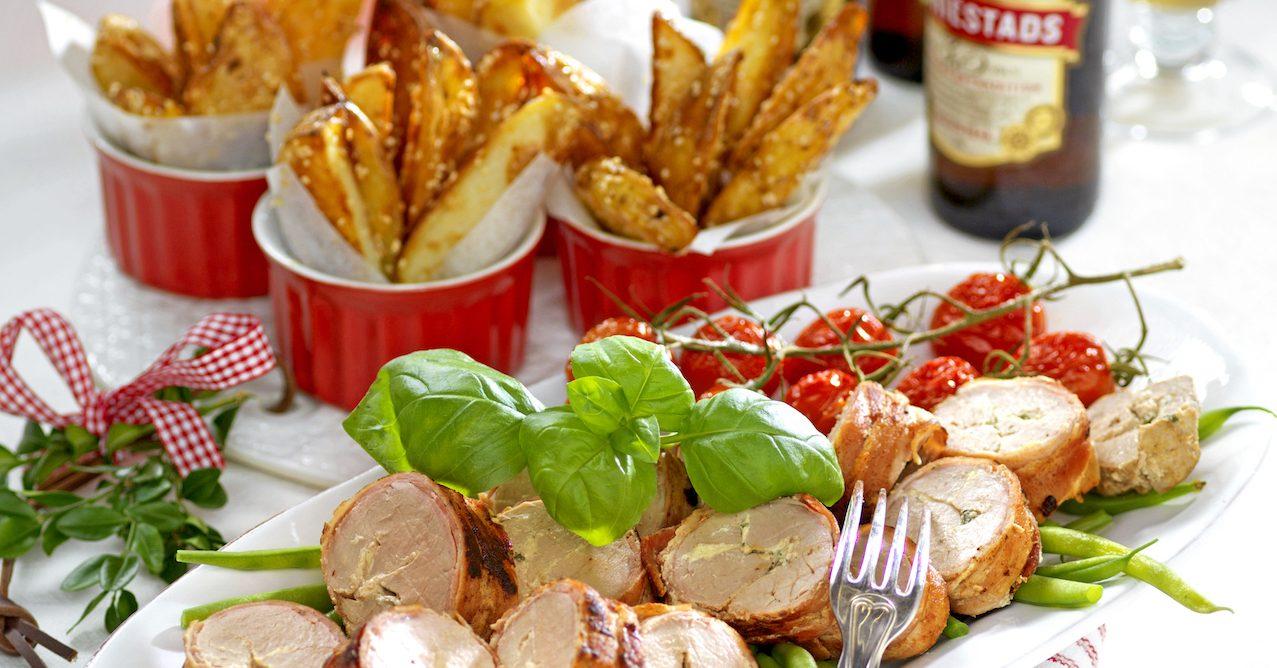 Fläskfilé med bacon och sesampotatis