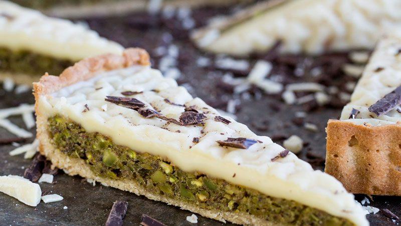 Dessertpaj med pistage och vit choklad recept