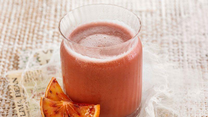 Enkel frukostsmoothie med smak av grapefrukt