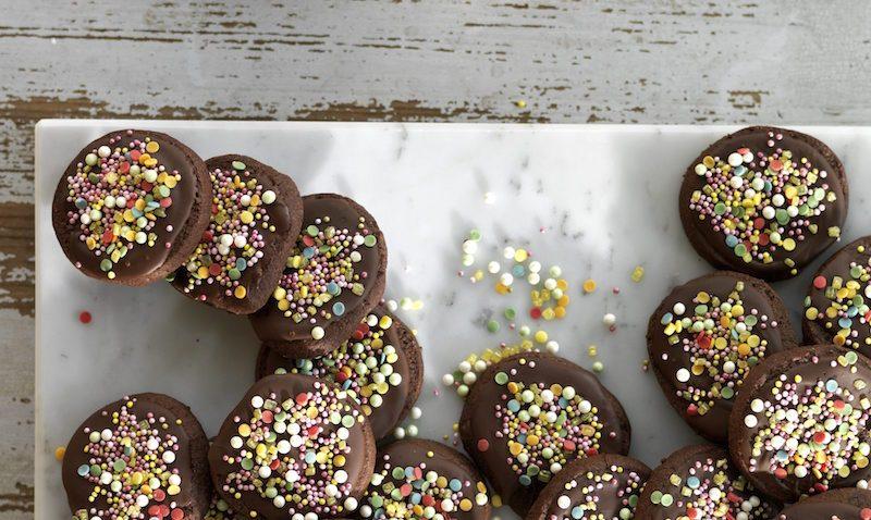 Påskfina småkakor med choklad