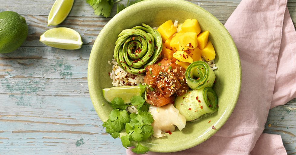 Piké bowl med lax och avokado