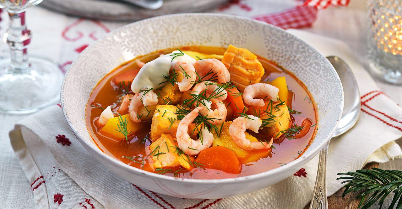 fisksoppa med saffran och apelsin