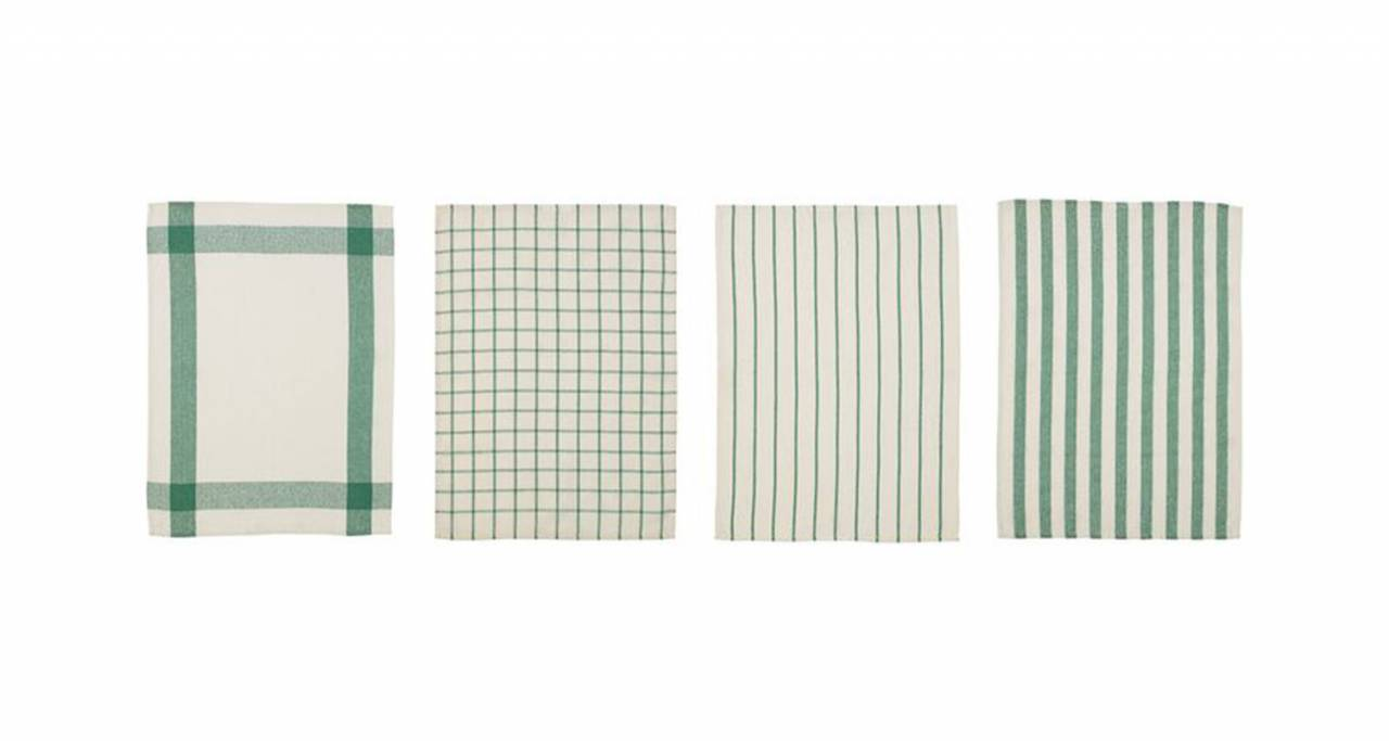 Att bli döpt efter en kökshandduk kanske inte låter särskilt lockande, men det fina namnet Elly på 4-packet grön- och vitmönstrade handdukar kan göra det värt ändå.